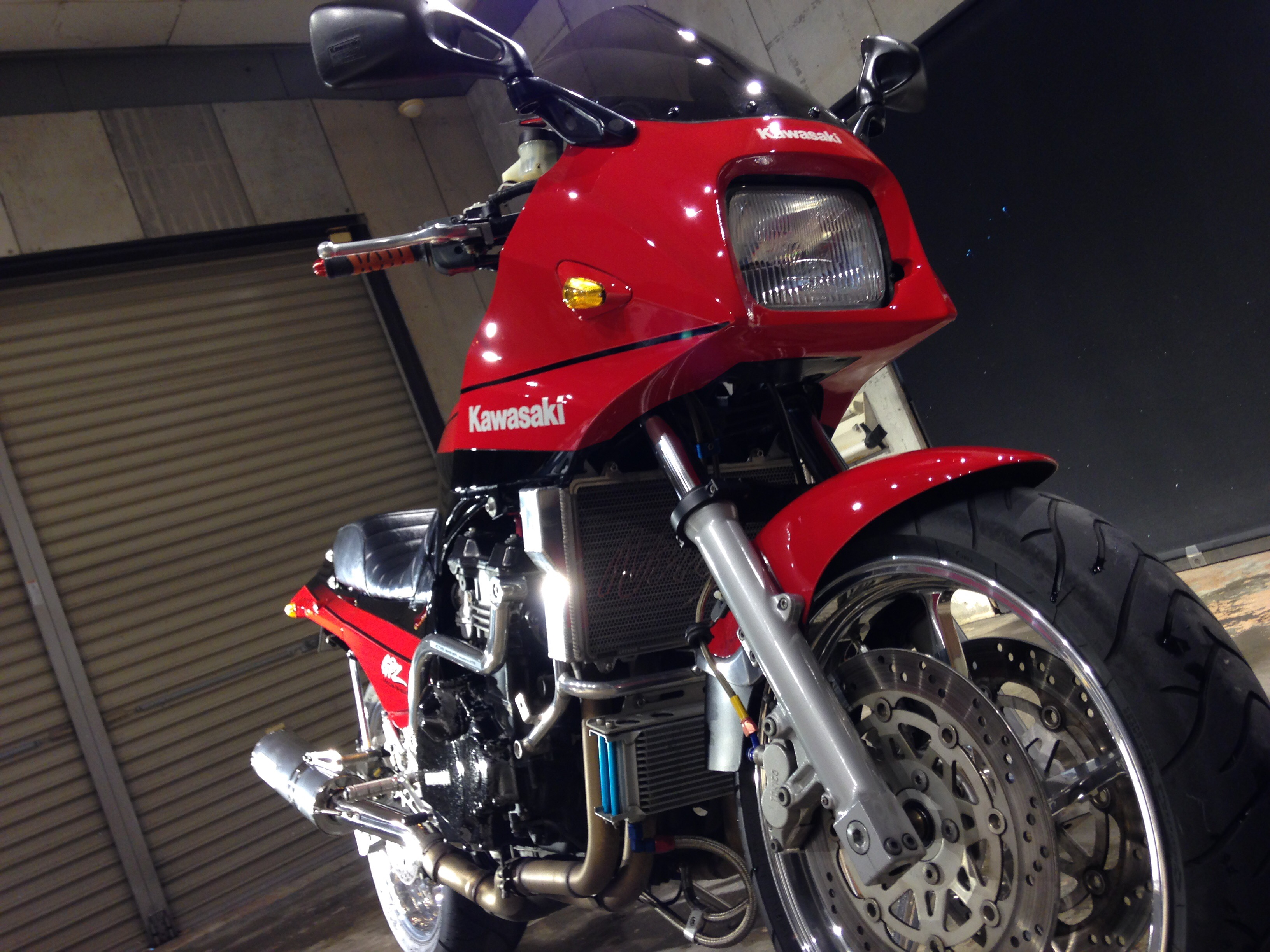 カワサキGPZ900Rニンジャ ポリッシュ&コーティング